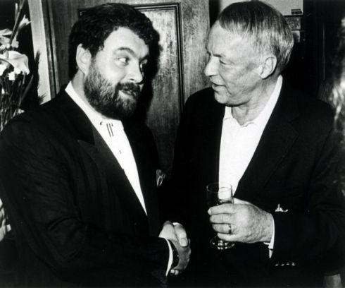 Brendan Grace with Frank Sinatra in Dublin, circa 1991. Photograph: Debford6c/Wikipedia/Creative Commons