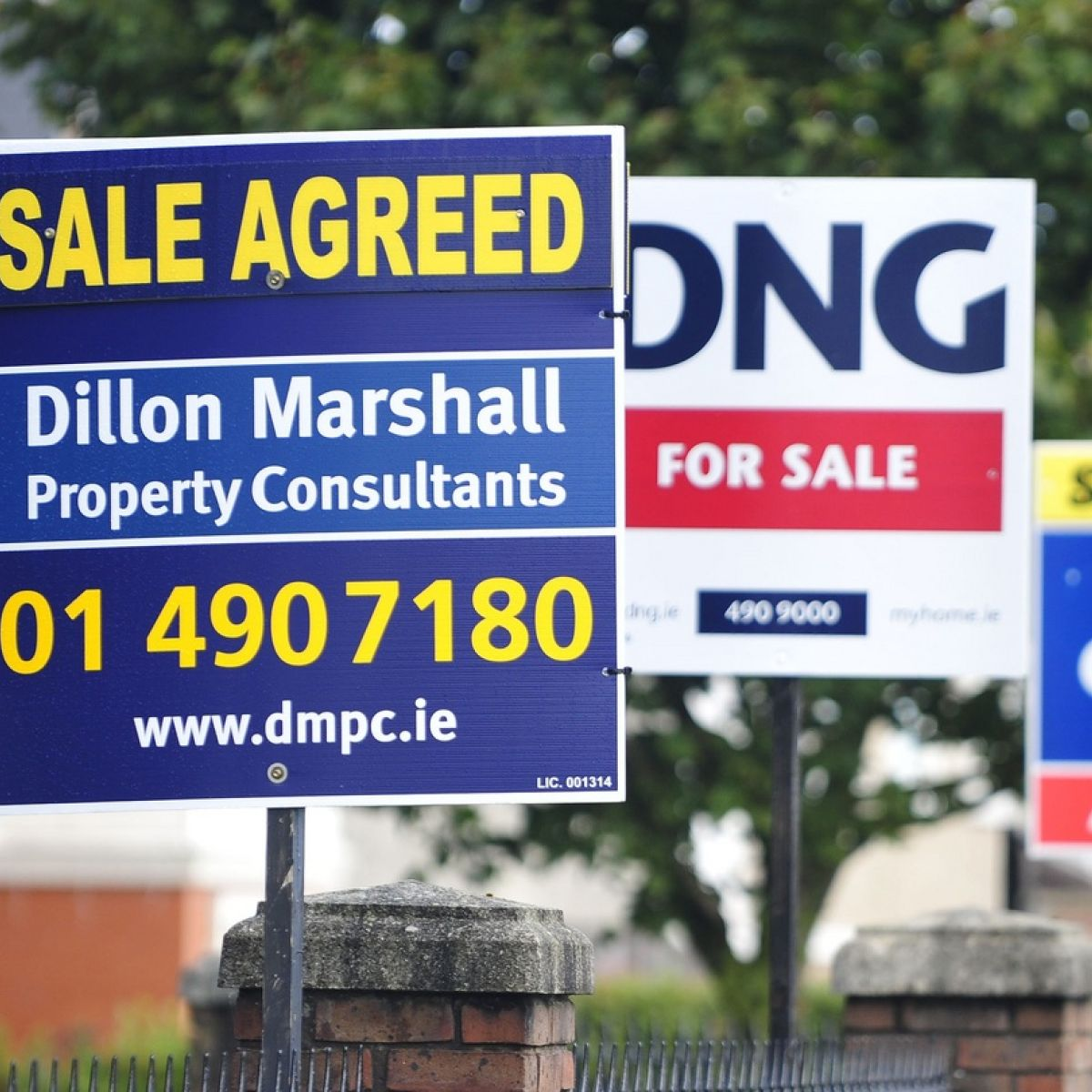 Hard Brexit could hit Irish house prices, Central Bank warns