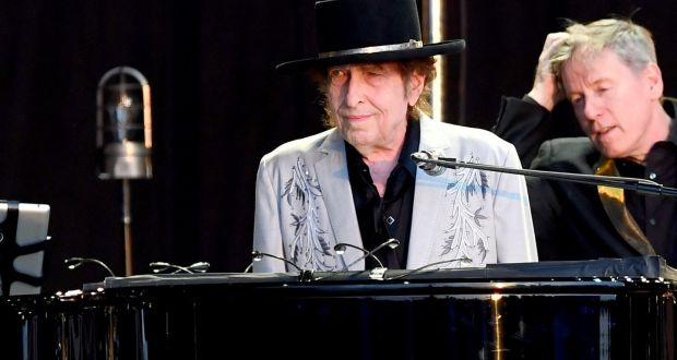 Bob Dylan and Neil Young in London: mangled back catalogue