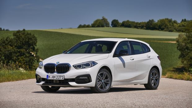 BMW New Car >> Bmw S New 1 Series Can Go Wheel To Wheel With The Best Of