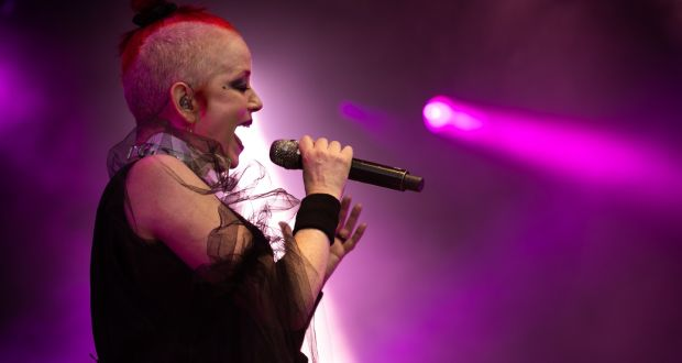 Garbage in Dublin: Manson emerges on stage, an absolute badass