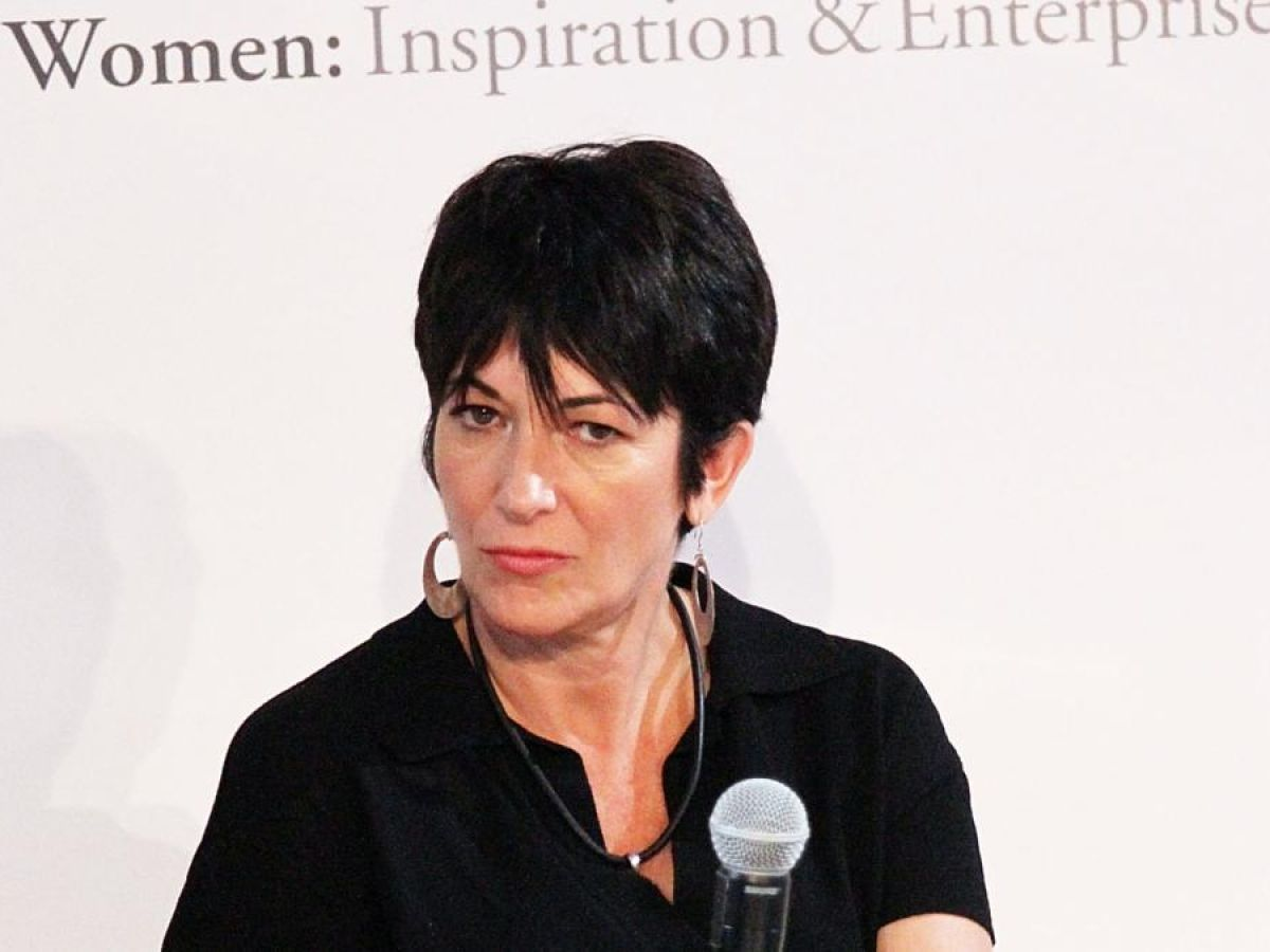 Ghislaine Maxwell Jeffrey Epstein S Lady Of The House And Madam