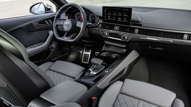 The interior of the Audi S4 TDI