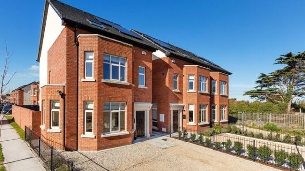 15 Dargan's Way, Railway Avenue, Sutton, Dublin 13: 180sq m of space over three floors