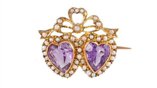 Late Victorian amethyst and seed pearl double heart brooch €450–€550 O'Reilly's, Frances St. Fine Jewellery Sale.