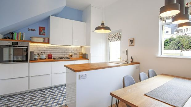 Kitchen with Ikea units