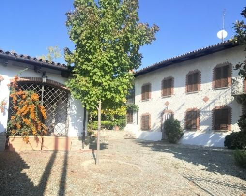 Take5: Agliano Terme country house