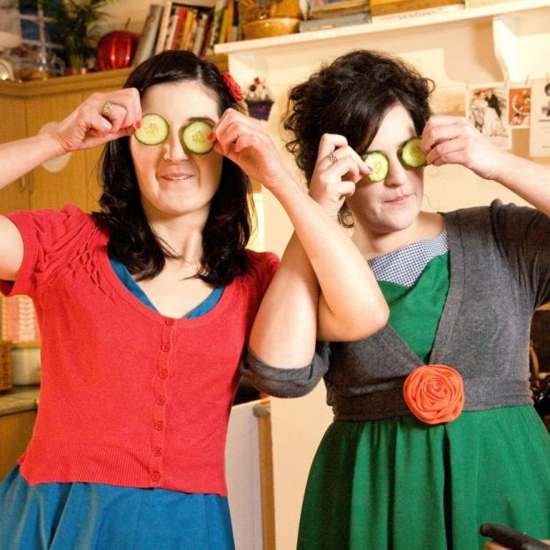 Fancy Vittles: Maeve Higgins with her sister Lilly, in their 2009 series for RTÉ