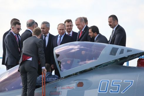ARMING THE SKIES: Russian president Vladimir Putin (centre) with his Turkish counterpart Recep Tayyip Erdogan, inspecting a Sukhoi Su-57 fighter jet at the MAKS International Aviation and Space Salon at Zhukovsky International Airport in Moscow. The Kremlin has hinted at possible talks over new arms deals with the Turks. Photograph: Andrey Rudakov/Bloomberg