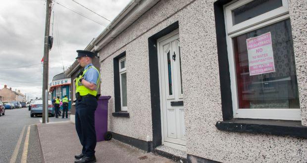 Gardaí begin murder investigation into death of man (55) in