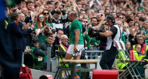 Ireland  captain Rory Best receives a standing ovation as he leaves the field. Photograph: Tom Honan