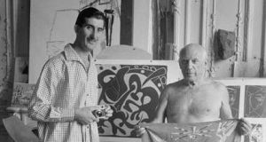 Edward Quinn, 1953: the acclaimed Irish photographer with one of his most famous subjects, Pablo Picasso. Photograph: Edward Quinn Photo Archive