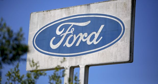 My Ford Credit >> Moody S Downgrades Ford Credit Rating To Junk Status