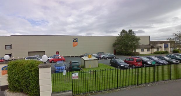 Pet food firm says hundreds will have to be laid off unless