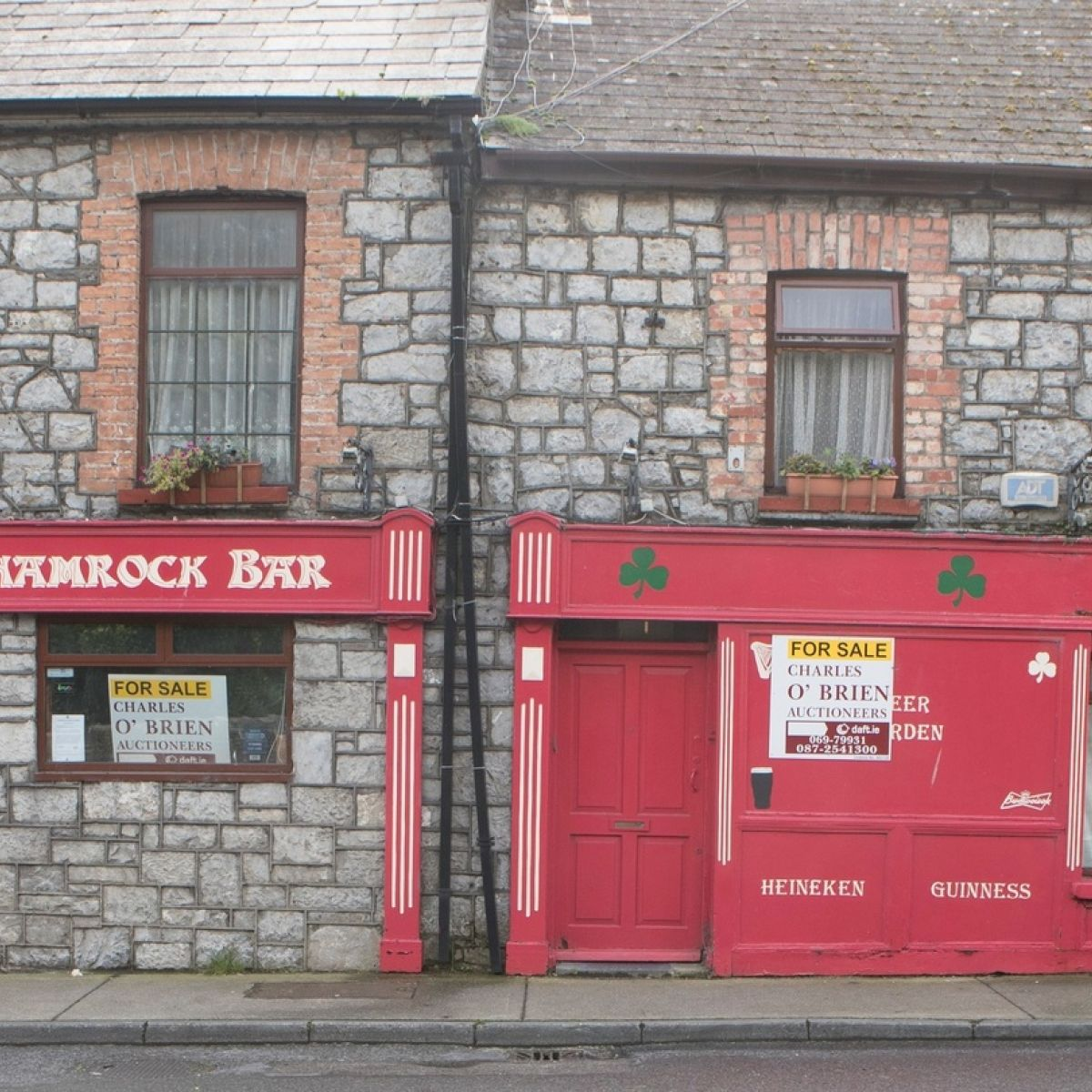 Irish pub closures: The slow death of the local bar