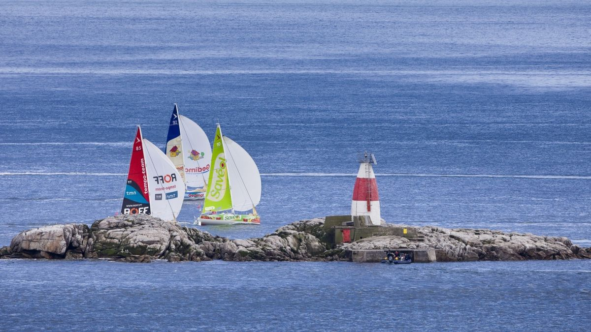 Dolan can get results in the Figaro 3 fleet but lack of funds forces him to cut corners