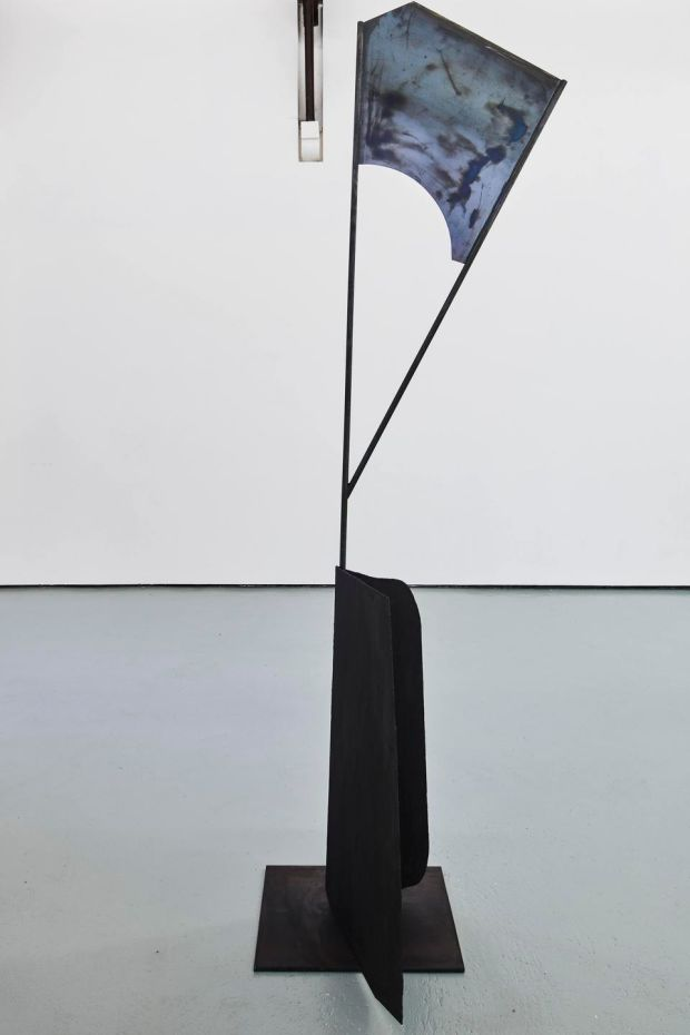 Niamh O'Malley, Post (steel, graphite). Photograph: Ros Kavanagh. Image courtesy of the artist.