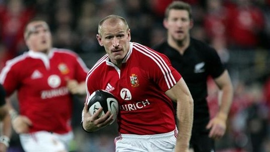 Gareth Thomas playing for the British and Irish Lions against New Zealand.