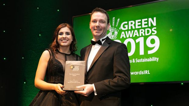 Padraig Ryan, Associate Director, Business Consulting, Grant Thornton Ireland presents The Green Product Award to Jane Foley, Woodco Renewable Energy.