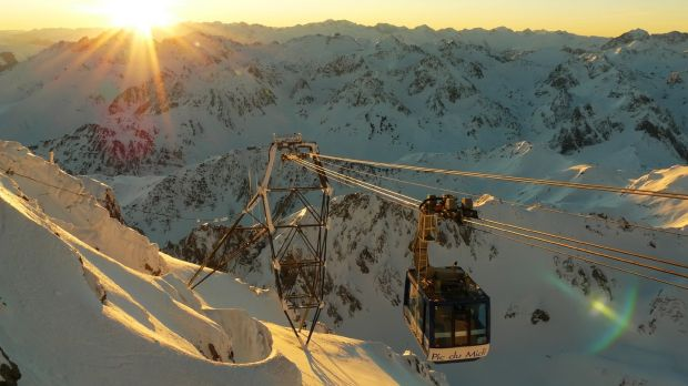 Skiers, cyclists and stargazers all do their thing at Grand Tourmalet in Spain.