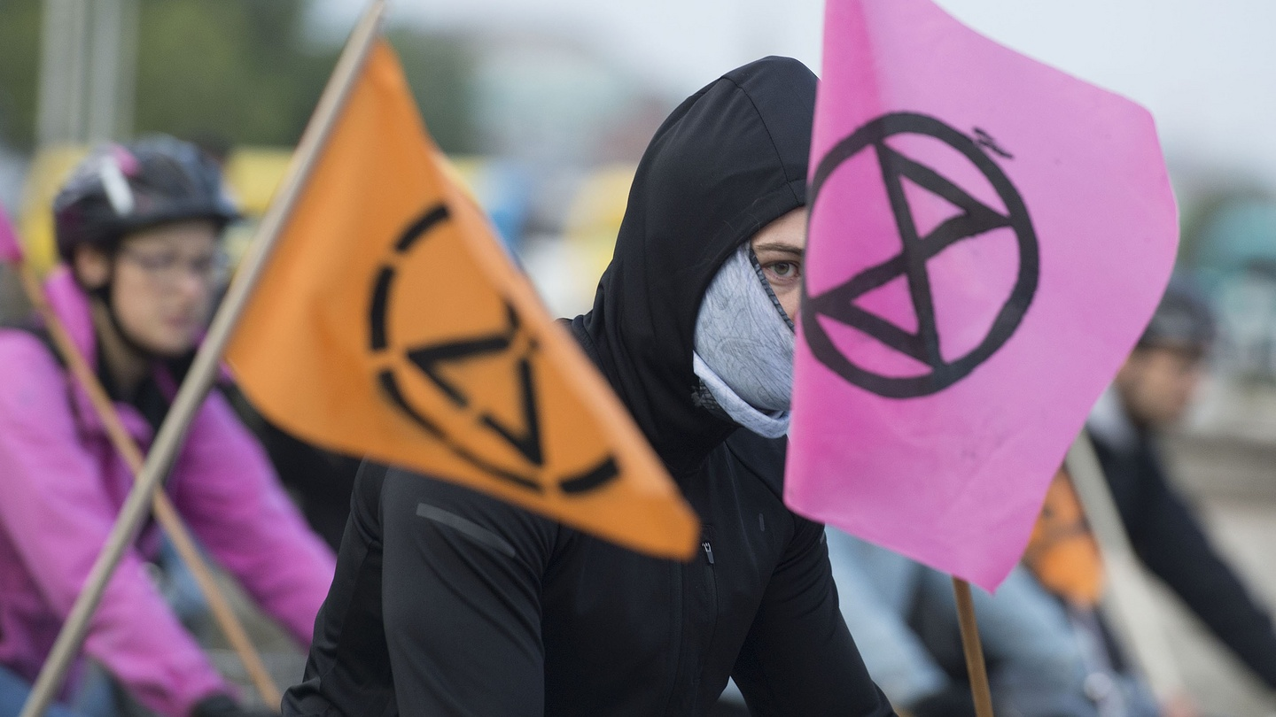 World View: Extinction Rebellion's lure is clarity and method