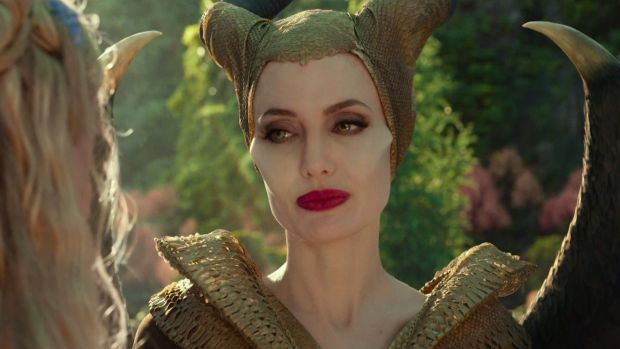 Maleficent Mistress Of Evil Angelina Jolie Isn T Cruel Enough
