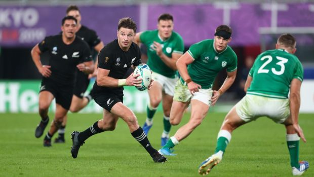 New Zealand fullback Beauden Barrett makes the pass to set up the final try for his brother Jordie . Photograph: Stu Forster/Getty Images