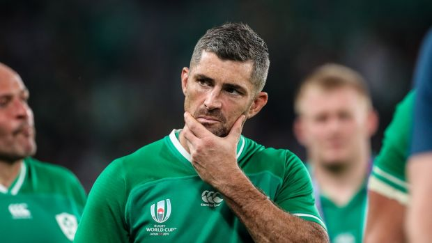 Rob Kearney leaves the pitch dejected. Photo: Billy Stickland/Inpho