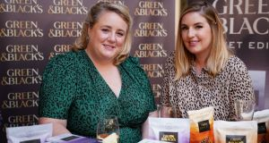 Fans and authors attend event to celebrate Once, Twice, Three Times An Aisling