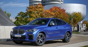 The new X6 has a slightly updated shape with a solid stance thanks to its broader shoulder line. It is slightly longer and wider than before but the roofline is lowered thanks to an increased slope to the windscreen's A-pillar.