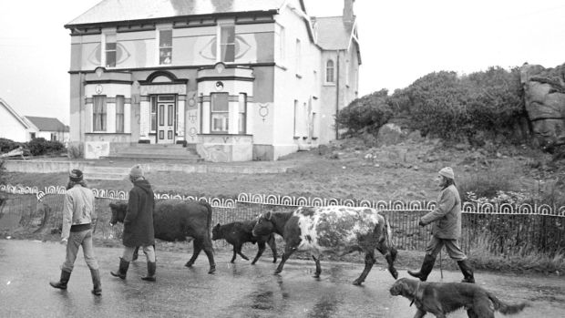The commune group known as The Screamers in Burtonport, Co Donegal, in 1977. File photograph: Pat Langan
