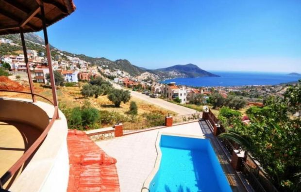 Turkey: three-storey Kalkan house with pool