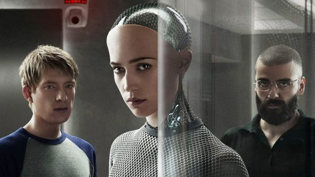 Domhnall Gleeson, Alicia Vikander and Oscar Isaac in Ex Machina (Alex Garland, 2015)