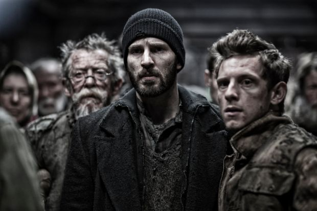 John Hurt, Chris Evans and Jamie Bell in Snowpiercer (Bong Joon-Ho, 2013)