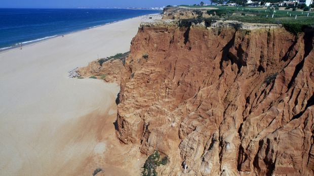 Cliffs next to a beach, Vale do Lobo, Algarve, Portugal.