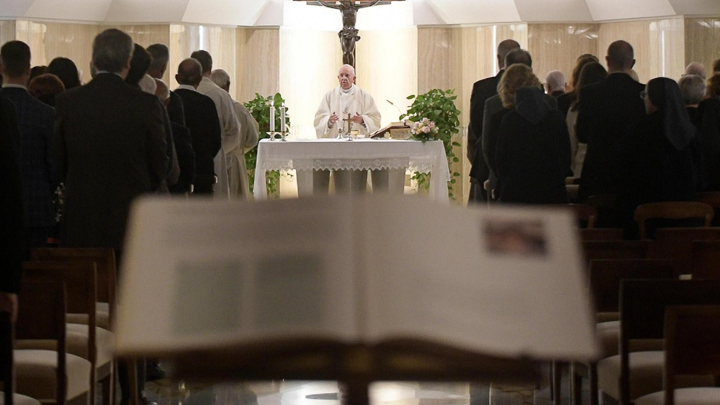Three former alter boys claim they were abused in Vatican