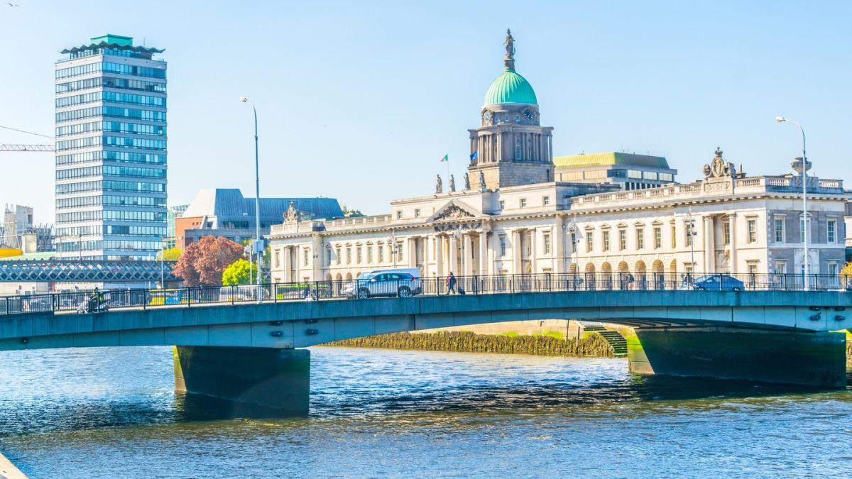 Best Dating Sites Malahide (Ireland, Leinster) - Aderbal Machado