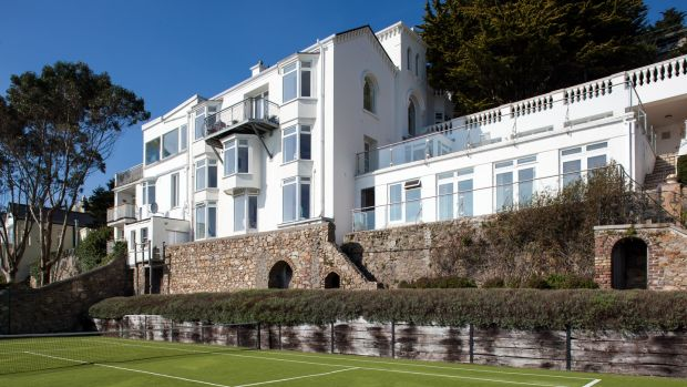4. Strawberry Hill, Vico Road, Killiney, Co Dublin