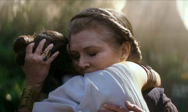 Star Wars: The Rise of Skywalker – Daisy Ridley with the late Carrie Fisher in the new film