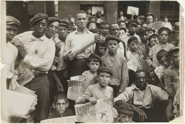 Lewis Wickes Hine's Newsboys in Cinncinati, 1908. Gelatin silver print. Bank of America Collection