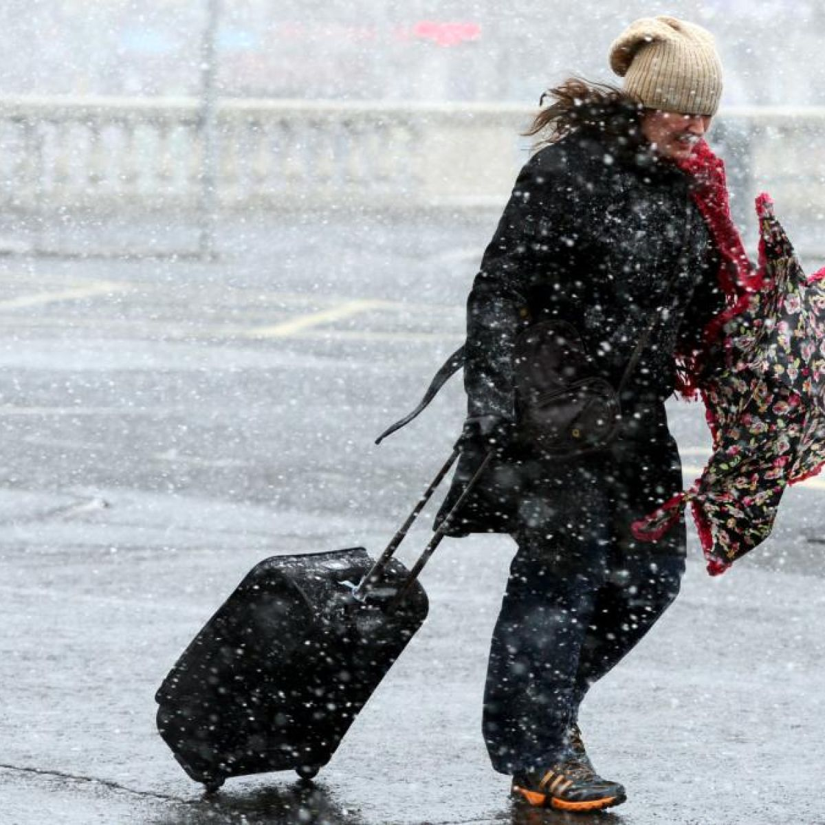 Wintry conditions with frost and ice forecast for weekend