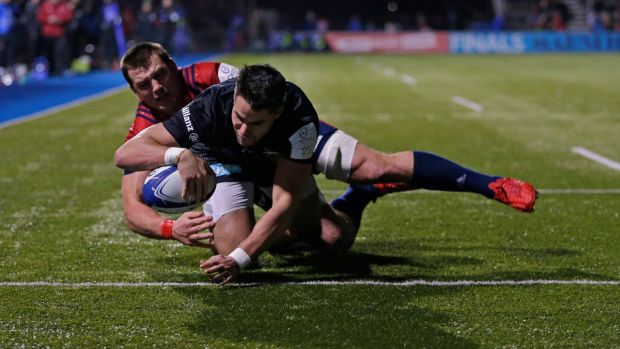 Sean Maitland of Saracens scores his side's first try despite the efforts of CJ Stander. Photo: Henry Browne/Getty Images