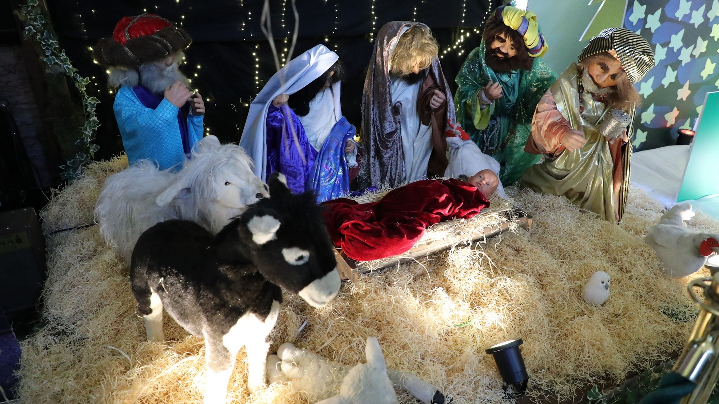 Not Meaning To Crib But Timing Of Most Nativity Scenes Is Off