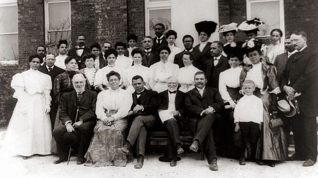 Faculty of Tuskegee Institute in 1906. Margaret Murray Washington (front row third from left) Library of Congress.