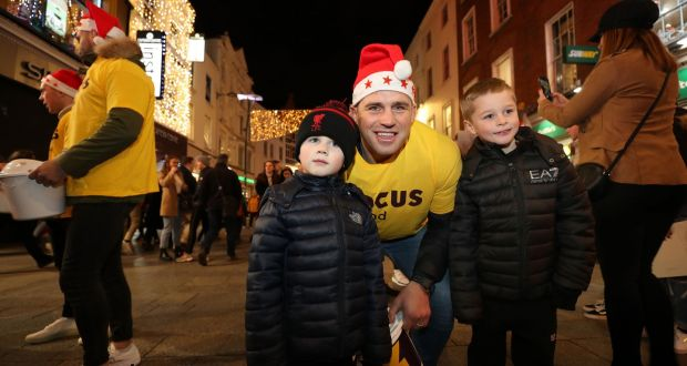 CJ Stander was joined by Daniel Cunningham(5) and Scott Conlan-Higgins (7) on Grafton Street. Photograph: Nick Bradshaw/The Irish Times