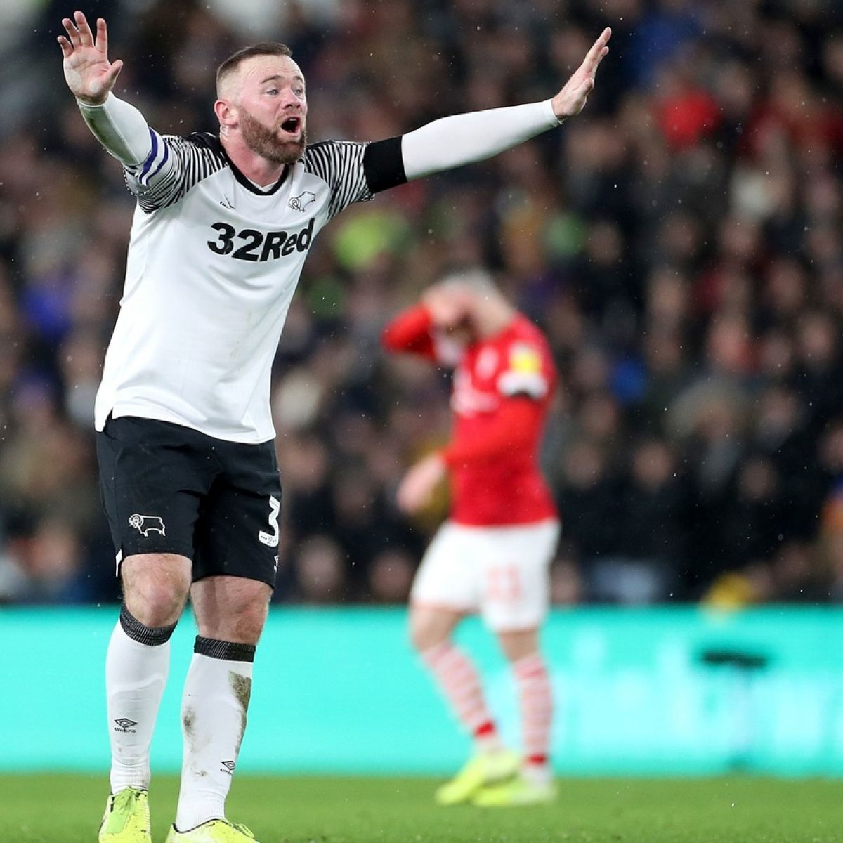Wayne Rooney Takes Director S Role On Derby County Debut