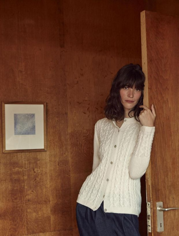 Cloud white Clifden cable front button cardigan €154.99