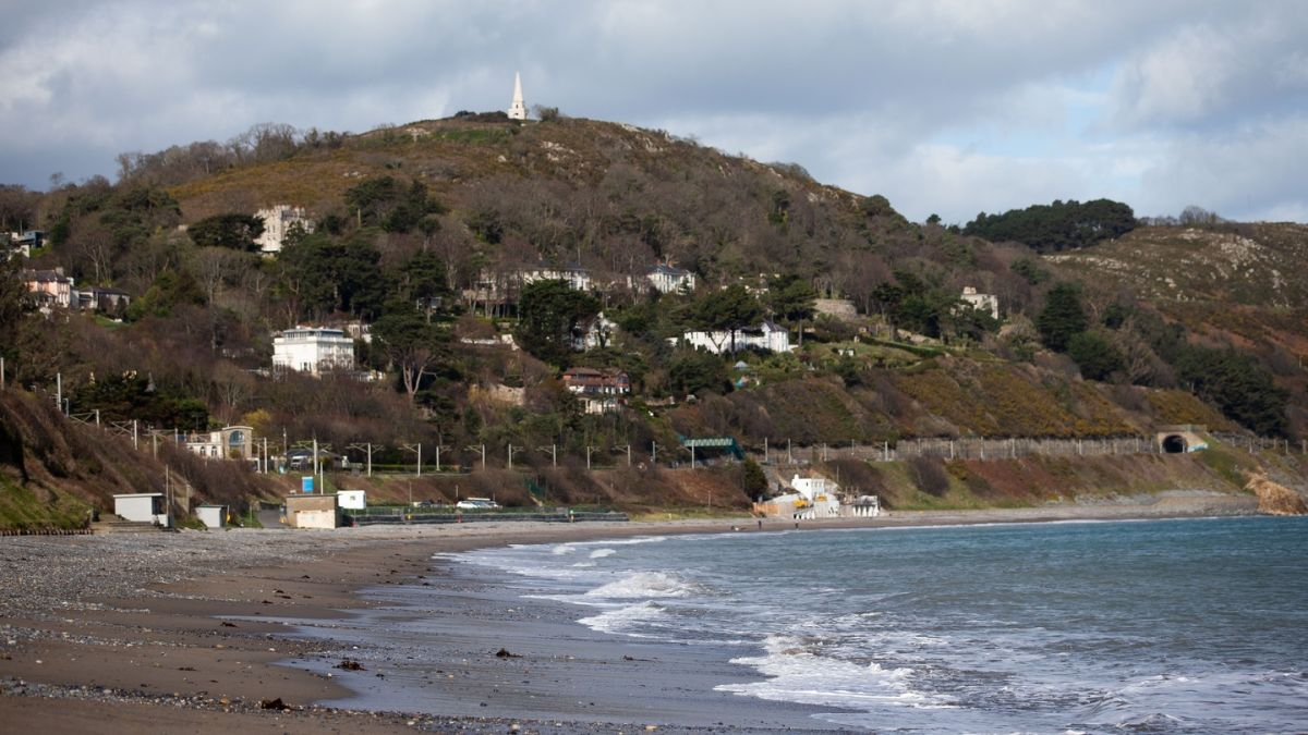 Beaches in Co Donegal and Co Mayo lose blue flag status