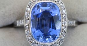 Six-carat natural unheated Ceylon sapphire set on platinum, circa 1910, guiding €25,000 for John Weldon at the Kilkea Castle antiques fair.
