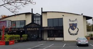 An Bord Pleanála has given the go-ahead for the scheme at the site of Brady's pub on the Old Navan Road in Castleknock, west Dublin.
